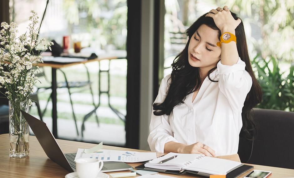 สังคม ความเครียด ทำให้นอนไม่หลับ ทำยังไงดี